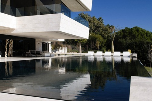 modern-marble-home-acero-architects-3