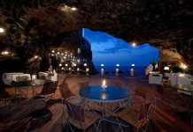 restaurant-inside-a-cave-cavern-itlay-grotta-palazzese