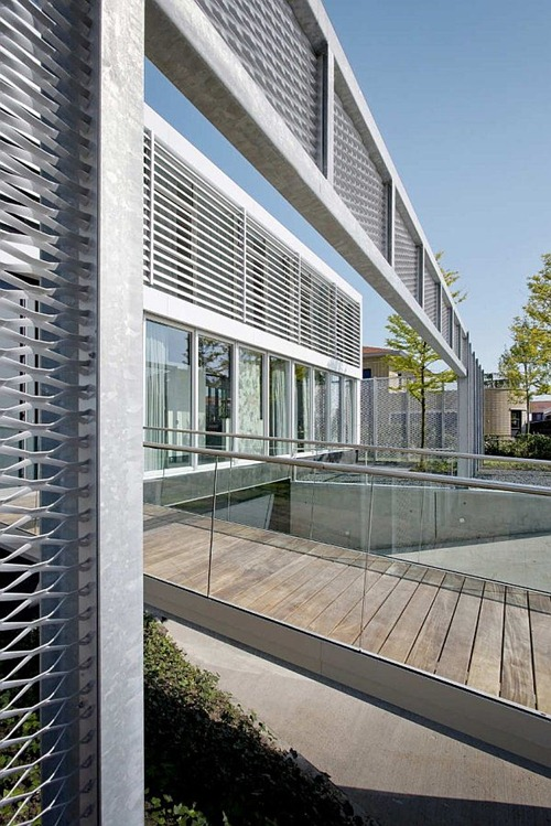 steel-study-house3