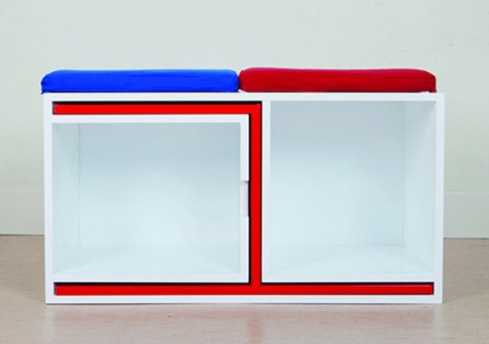 DESIGNRULZ-Table-and-chairs-fit-on-the-shelf-5