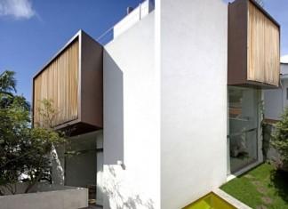 Vertical-House-3