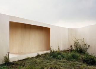 ANNE-HOLTROP-trailhouse-binnentuin-2-20-x-25-cm-500-dpi-adobe-rgb-98