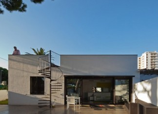 Dezeen_PC-House-by-XVA_7
