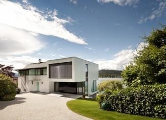 Haus-Am-See-And-Lake