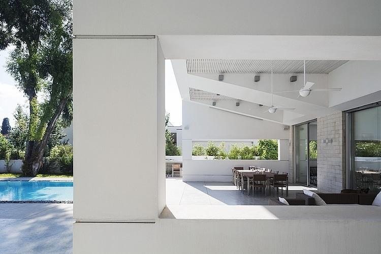 009-modern-residence-tsionov-vitkon-architechts