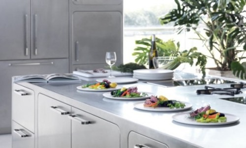stainless-steel-kitchen-designs-for-at-home-chefs-2-554x335