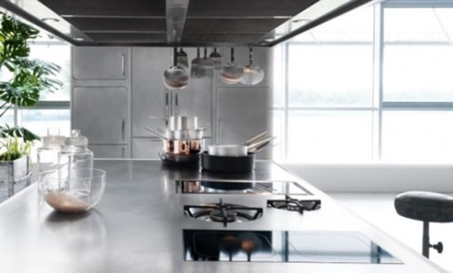 stainless-steel-kitchen-designs-for-at-home-chefs-3-554x335