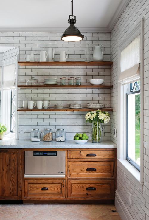10 hermosas ideas para poner tus repisas flotantes Decoracion de cocinas pequenas con repisas