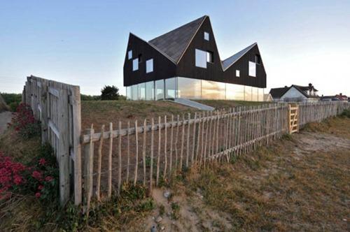 Dune-House-by-Jarmund-Vigsnaes-Arkitekter