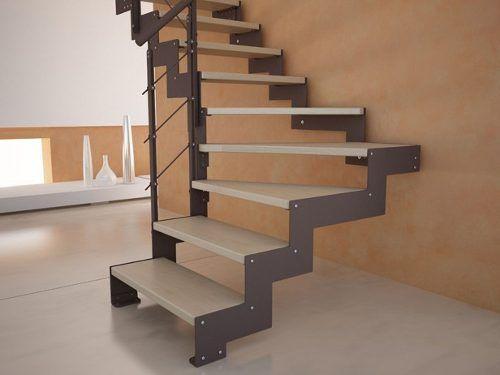21 escaleras de madera que podrias instalar en tu hogar for Imagenes escaleras modernas