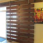 56 Modelos de puertas corredizas ideales para espacios pequeños (42)