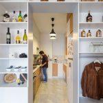 Mini apartamento lleno de ideas creativas de almacenamiento y decoración 05