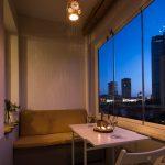 Mini apartamento lleno de ideas creativas de almacenamiento y decoración 12